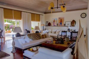 Three Bees at Harbour Island | Fully Furnished Living Room