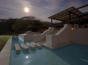La Conchita | Outdoor Swimming Pool