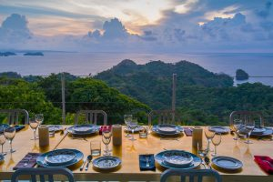 Isla Simca | Dining with Breathtaking Views