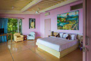 Isla Simca | Spacious Bedroom