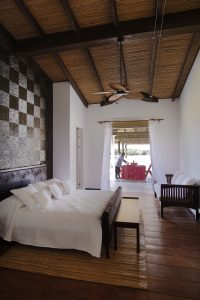 La Conchita | Rustic Style Bedroom