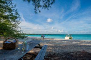 MacDuff's   Private Beach Picnic